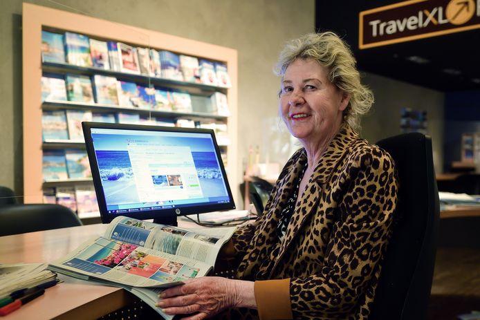 Anja Manniën van reisbureau TravelXL in Roosendaal verwacht dat september een hele drukke vakantiemaand wordt.