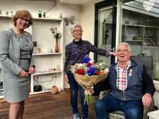 Koninklijk lintje voor Hellendoornse supervrijwilliger Riekus Dekker (70)