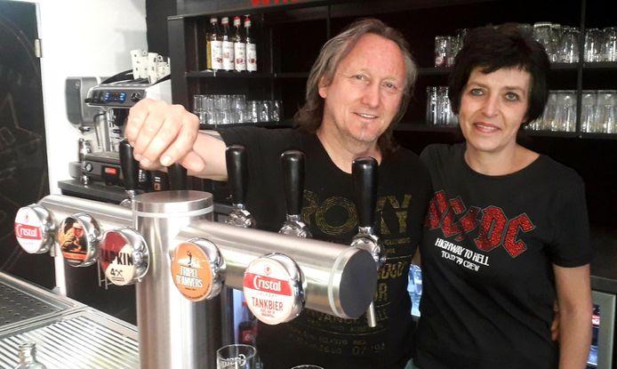 Mil Wuyts opende woensdagochtend de deuren van Herentals' nieuwste muziekcafé: The Roxy