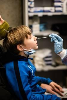 336 nieuwe besmettingen en twee sterfgevallen: lees het laatste coronanieuws in een paar minuten bij