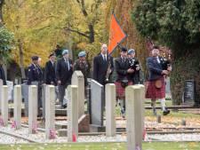 'Nette' tweede Remembrance Day in Harderwijk; kou uit de lucht