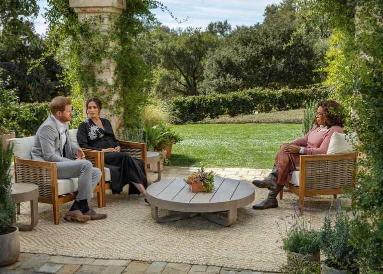 Oprah Winfrey in gesprek met Prins Harry en Meghan Markle.  Beeld AP