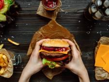 Waar komen deze Brabantse snacks vandaan? Doe de quiz op Junkfood Dag!