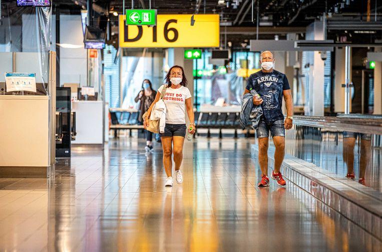 Het aantal passagiers en vluchten is door alle coronamaatregelen en de gevolgen daarvan nog slechts een fractie van de normale hoeveelheid.  Beeld ANP