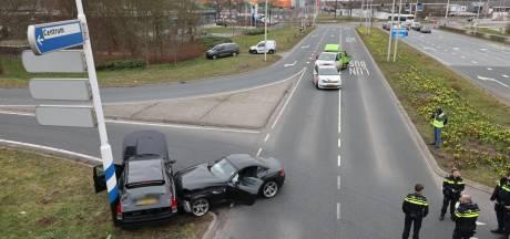 Twee gewonden door ongeval op beruchte kruising Katerdijk in Zwolle