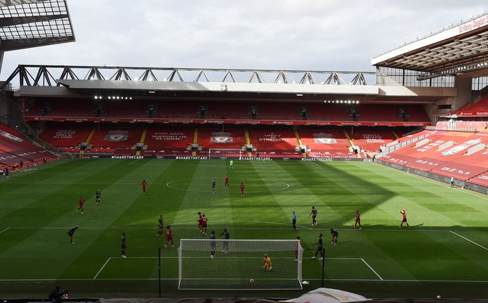 De Premier League wordt wel uitgespeeld, zij het zonder publiek.