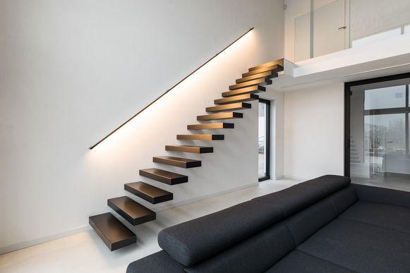 Met geïntegreerde ledverlichting maak je van je trap een echte blikvanger.