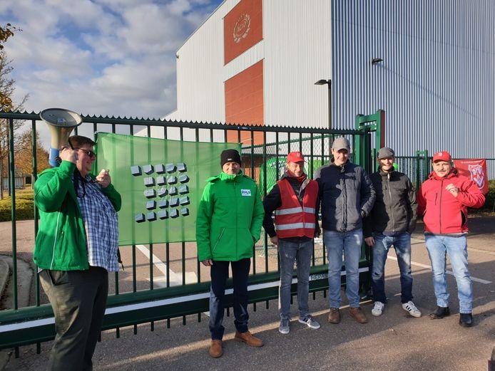 De werknemers hebben het werk neergelegd bij Agio in Oevel.