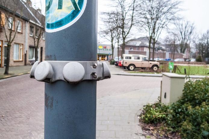 Plastic Afval In Veghel Voortaan Aan Lantaarnpaal Hangen Veghel