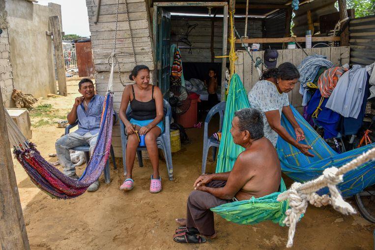 Venezolanen in een vluchtelingenkamp in Riohacha, Noord-Colombia. Beeld Getty Images