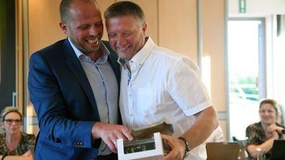 Francken verrast oud-burgemeester Vranckx op laatste gemeenteraad