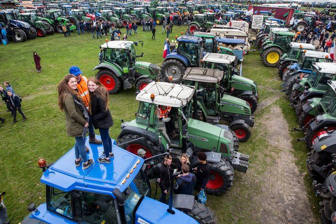 Boerenprotest in Den Haag. Er mogen morgen geen tractoren op het Malieveld.