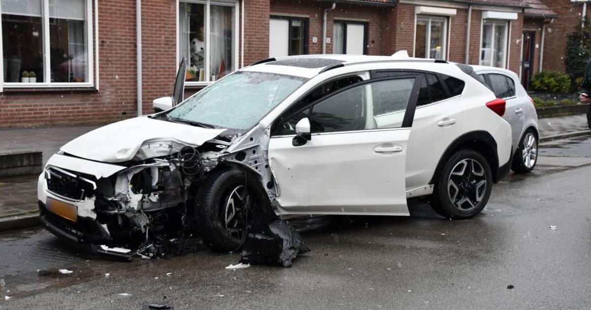 Flinke ravage en gewonden na ongeluk in Goes.