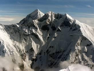Mount Everest onthult zijn doden: lichamen van omgekomen klimmers komen bloot te liggen door smeltend ijs