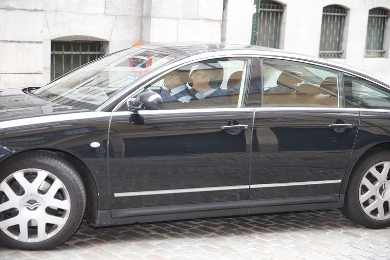 N-VA Bart De Wever en Jan Jambon De zeven partijen - MR, PS, Groen en CD&V staan niet op foto - vergaderden 2,5 uur. En er werd niet met deuren geslagen in het Egmontpaleis.