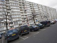 Schoonmakers Overvecht leven niet zeker door troep van balkons