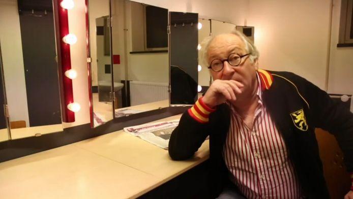 Youp van 't Hek legt uit waarom theater De Nieuwe Doelen in Gorinchem zo fijn is.