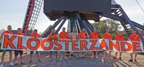 Spandoek van vriendengroep uit Kloosterzande over heel de wereld te zien: 'We hebben veel reacties gehad'