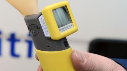 Zeventiger speelt rijbewijs kwijt na positieve ademtest