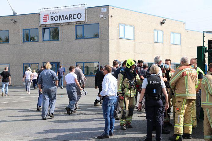 De brandweer kwam ter plaatse en deed een grondige controle. Al het personeel werd even geëvacueerd.