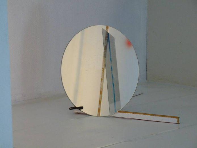 Het driedimensionale schilderij van Giel Louws levert een scala aan visuele ervaringen op.