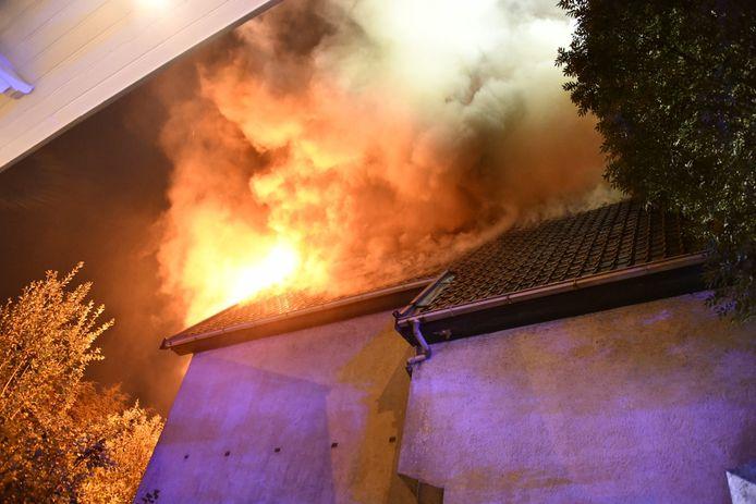 Incendie à la Chaussée de Bruxelles, à Bruxelles.