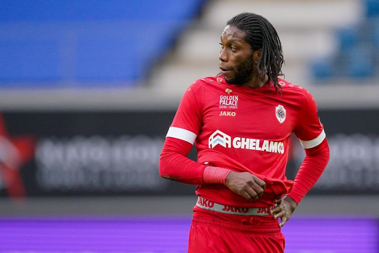 Dieumerci Mbokani. Beeld Photo News