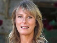 """""""Désolée, je n'ai pas pu résister"""", la fessée de l'actrice Karin Viard à une journaliste ne passe pas"""