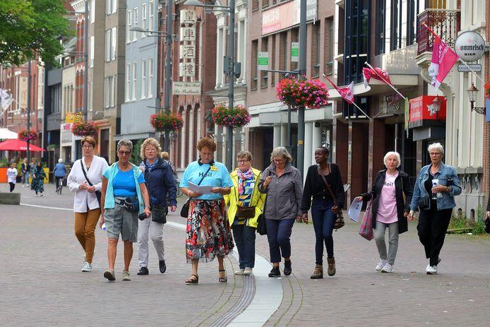 De stadswandeling als Roosendaalse Vrienden.