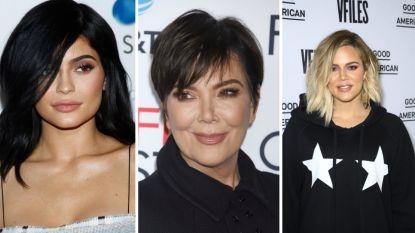 """Kris Jenner verklapt per ongeluk zwangerschap dochters: """"Voor mijn 9 kleinkinderen!"""""""