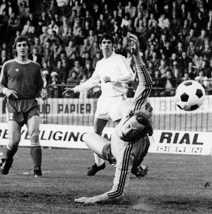 Het doelpunt van Yuri Banhoffer in de bekerfinale van 1977 tegen FC Twente. De goal die niet werd geteld.