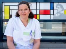 Röntgenlaborant Moniek maakt alles onspectaculair: 'Soms móet ik patiënten even aanraken'