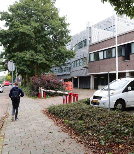 Vluchtelingen worden vier weken opgevangen in Gorcums kantoor: 'Maar blijft het daarbij?'