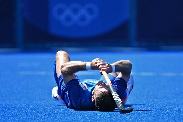 International Robbert Kemperman verwerkt zijn teleurstelling na de uitschakeling van Oranje. Beeld AFP