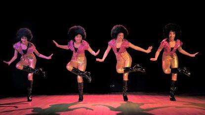 Een nieuw dansje en een hip jasje: zelfs op TikTok krijgt oude wereldhit 'Clap Clap Sound' een tweede leven