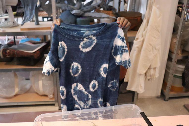 Workshop T-shirts verven. Beeld