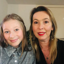 Gwen met dochter Nanou (13), die de ziekte van Crohn heeft.