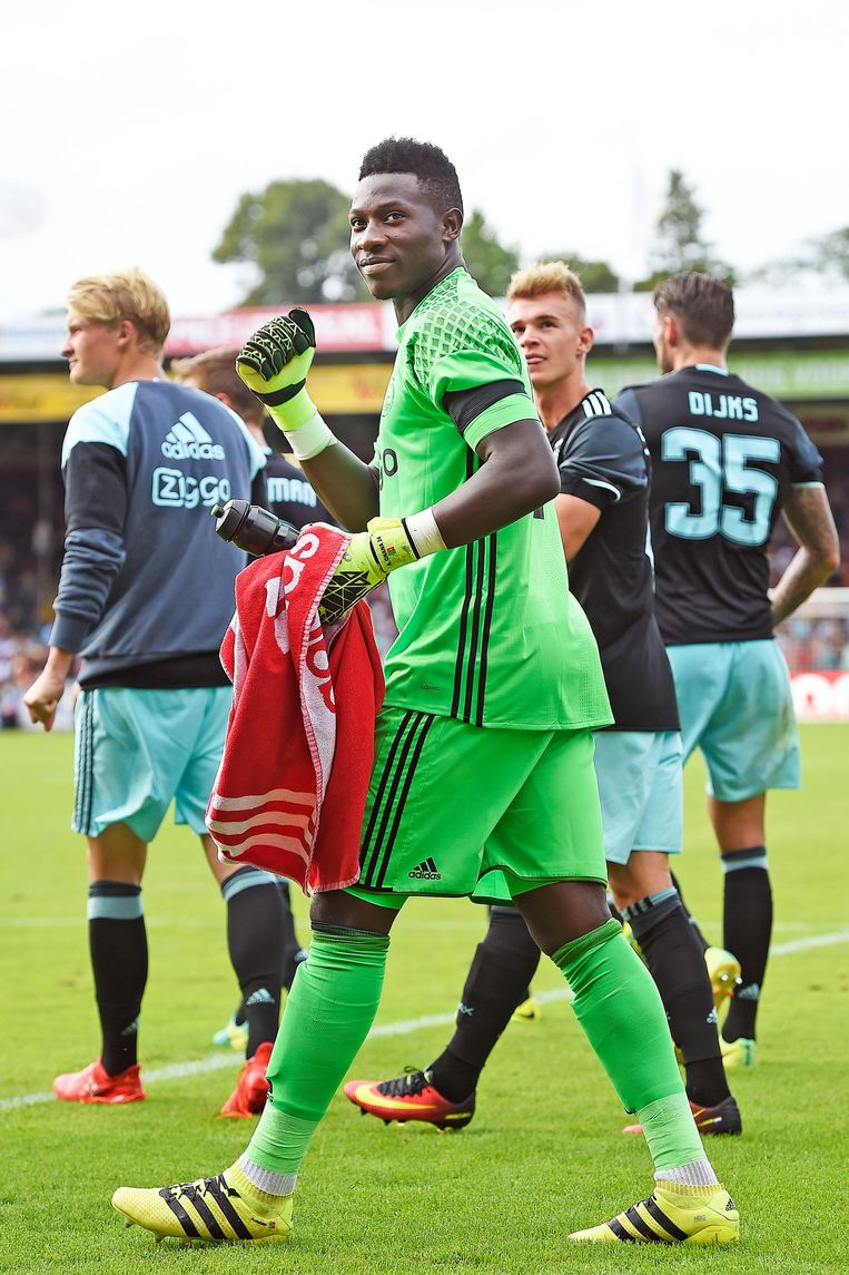 Andre Onana na de wedstrijd tegen Go Ahead Eagles Beeld Guus Dubbelman