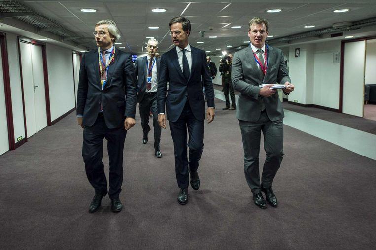 15 december: Rutte met zijn EU-adviseur Michael Stibbe (links). Beeld anp