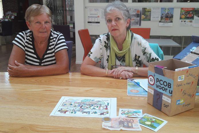 Jenny Kion (links) en Aafke Blok van seniorenbond PCOB-Eibergen.