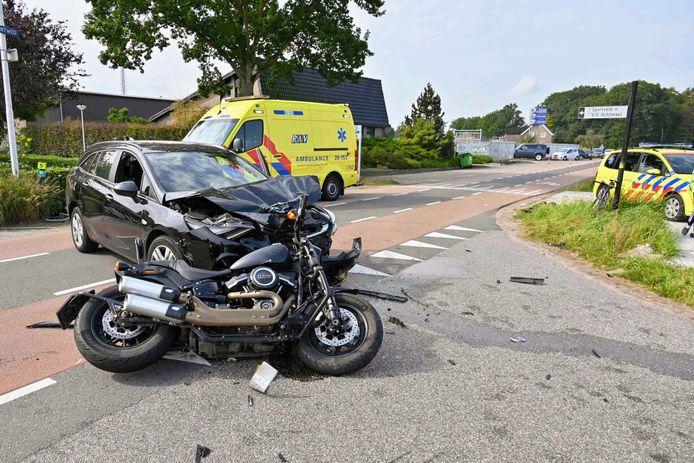 Motorrijdster gewond bij ongeval in Achtmaal
