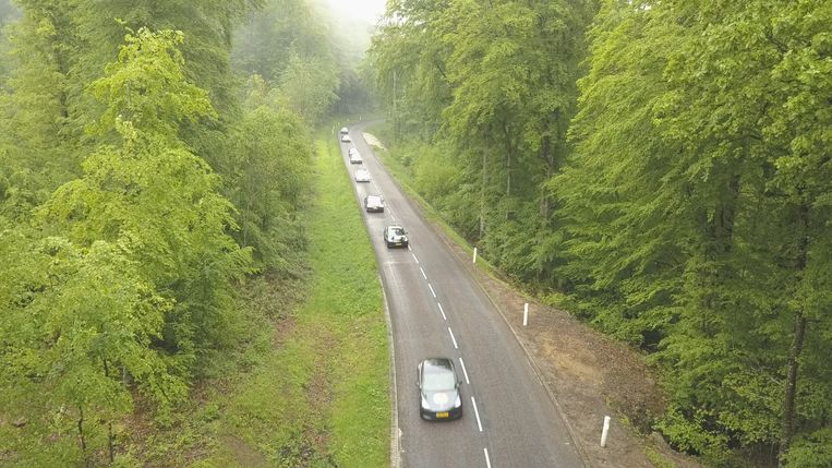 De elektrische auto's op weg naar Lyon Beeld Gemeente Amsterdam