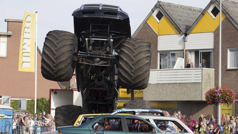 De monstertruck die gisteren in Haaksbergen op het publiek inreed. Beeld ANP