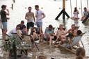Bezoekers festival Fahrenheit bij Beachclub MEER, Winterswijk.