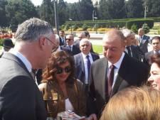 Den Haag verfoeit Azerbeidzjan, maar in Oisterwijk wappert de vlag van dat land