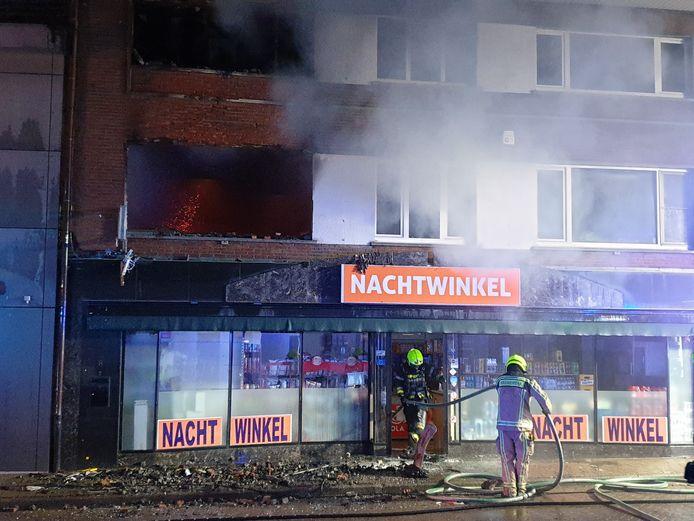 De schade aan het pand is in de Veldstraat in Meerhout is enorm.