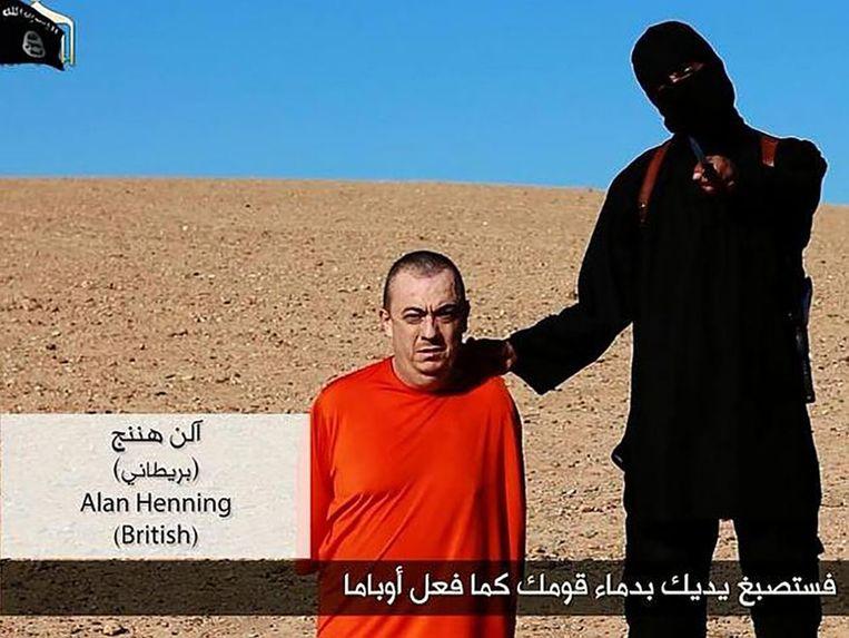 Alan Henning is mogelijk het volgende slachtoffer. Hij werd aan het einde van het filmpje met Haines getoond. Beeld Still video