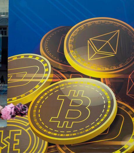 Koers Bitcoin flink onderuit door ingrijpen China: 15 procent omlaag