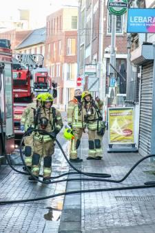 Gewonde bij keukenbrand in Rotterdam-Noord, tramverkeer ontregeld