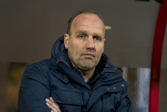 FC Emmen-trainer Dick Lukkien.